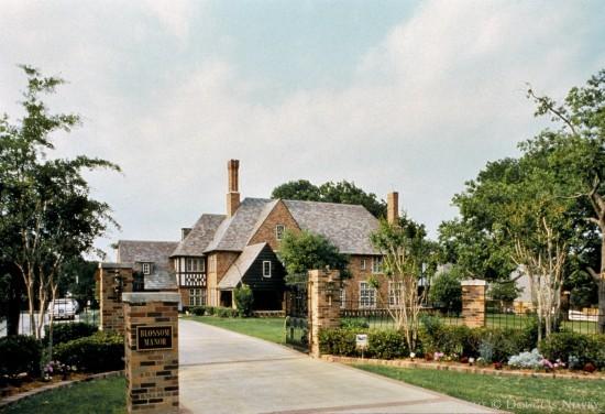 Estate Home Designed by Architect Sir Alfred Bossom - 6835 Westlake Avenue