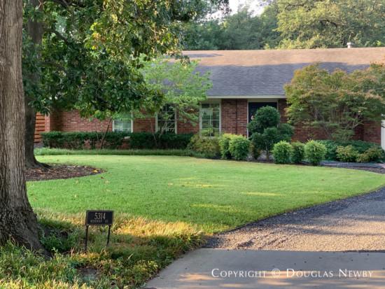 Dallas Greenway Parks Home