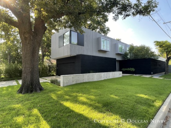 Large Modern Home in Lakewood Heights