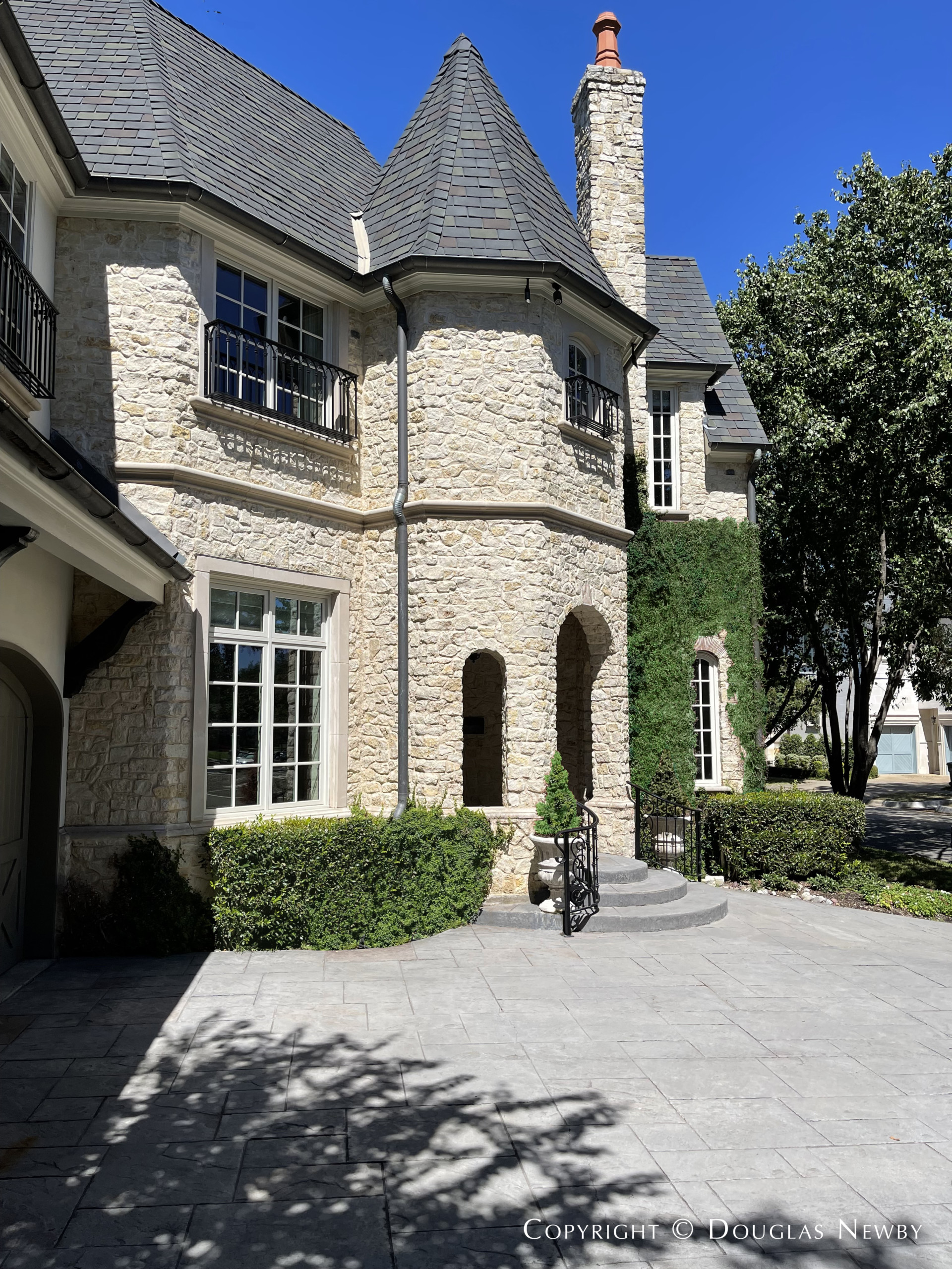 Featured Highland Park Home Sold