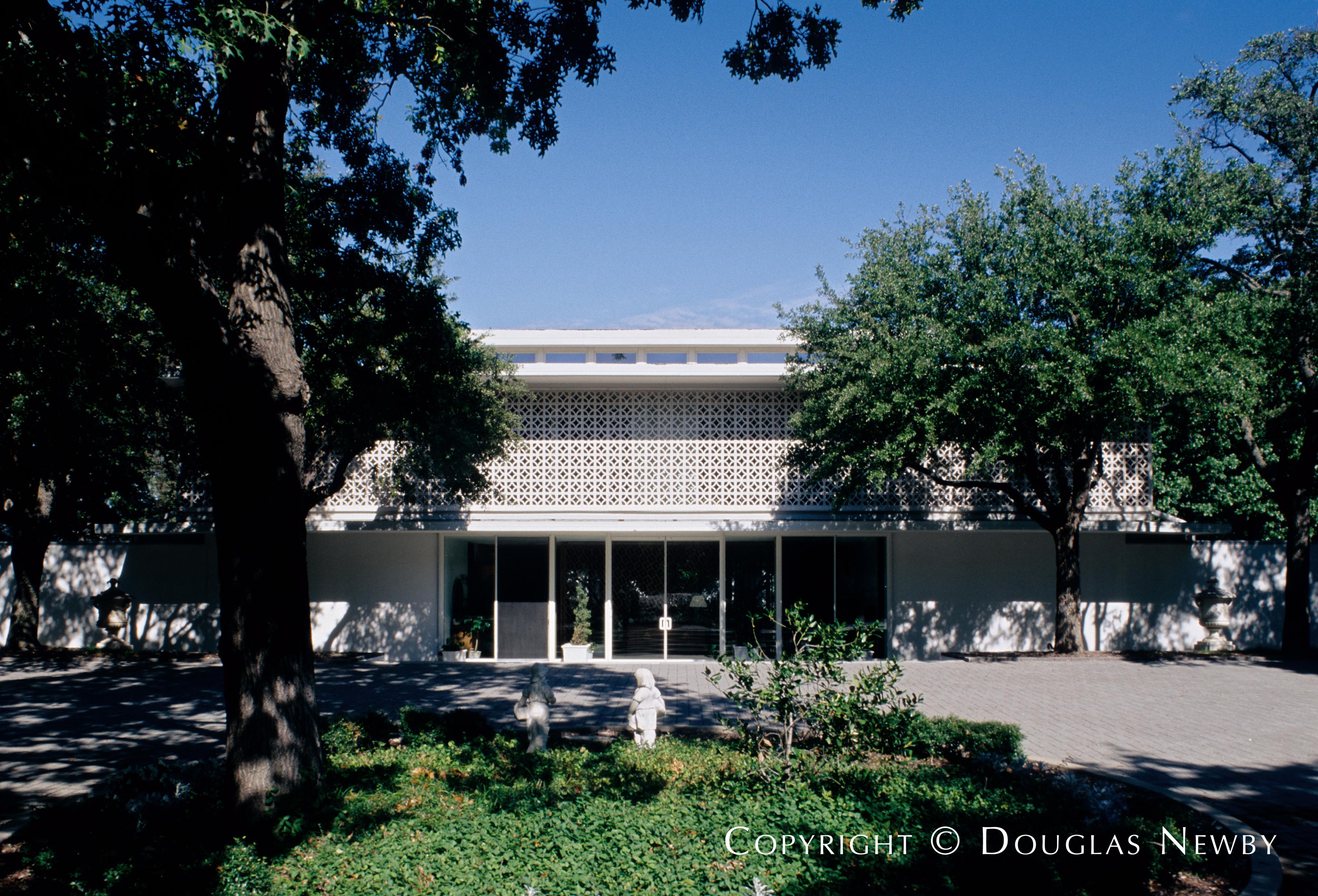 Edward Durell Stone Designed House
