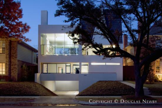 Modern Home Designed by Architect James Langford - 3404 Harvard Avenue