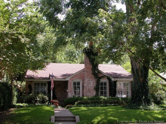 Residence Designed by Architect Allen Kirsch - 4645 Livingston Avenue