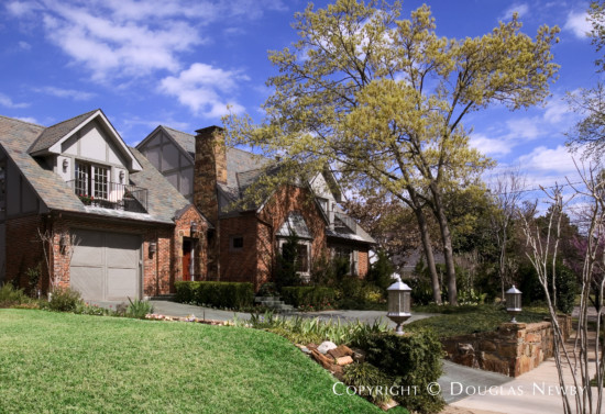 Residence in Turtle Creek Corridor - 3525 Rock Creek Drive