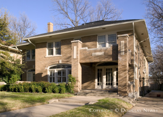 Residence Designed by Architect Brian Keith - 4912 Swiss Avenue