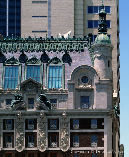 Significant Building Designed by Architect Ed Beran & Overton Shelmier - 1321 Commerce Street
