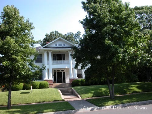 Significant Home in University Park - 3444 University Boulevard