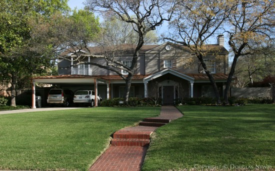 Home in Greenway Parks - 5527 Wenonah Drive