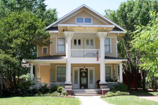 Home in Munger Place - 5111 Worth Street
