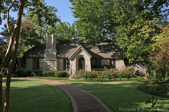 Home Designed by Architect Horace S. Avery - 3504 Crescent Avenue