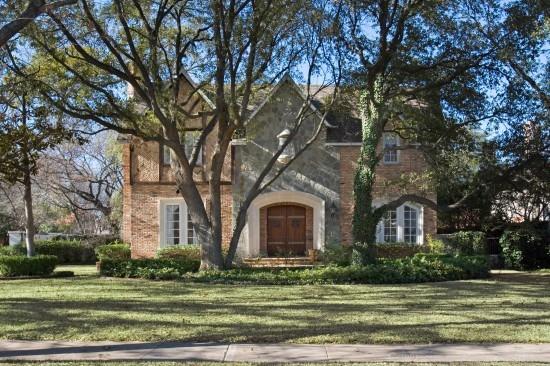 Real Estate in Highland Park - 3601 Lexington Avenue