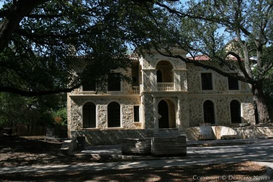 Residence in Highland Park - 4223 Bordeaux Avenue