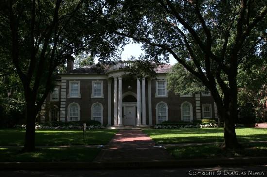 Home Designed by Architect Cole Smith - 4241 Bordeaux Avenue