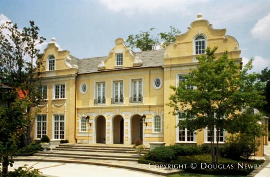 Home Designed by Architect Richard Drummond Davis - 3808 Miramar Avenue