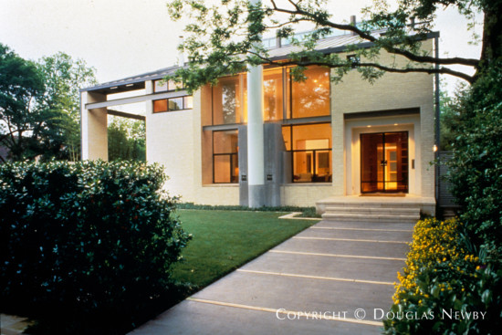 Significant Home Designed by Architect Joe McCall - 3908 Euclid Avenue