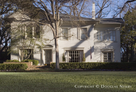 Residence in Highland Park - 3912 Miramar Avenue