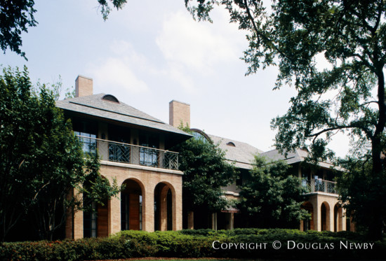 Home Designed by Architect Frank Welch - 4800 Lakeside Drive
