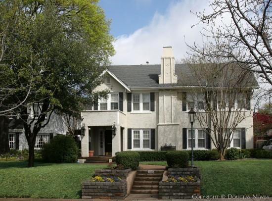 Residence in Highland Park - 3404 Princeton Avenue