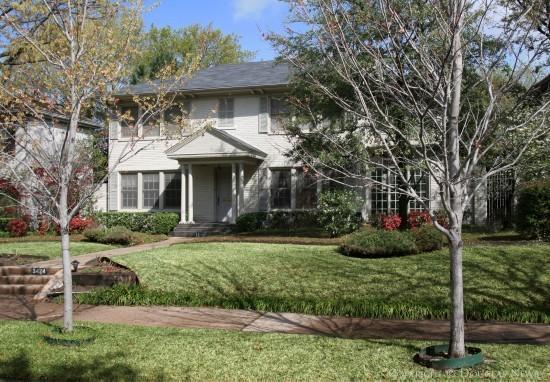 House in Highland Park - 3424 Princeton Avenue
