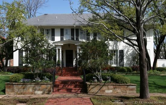 Real Estate Designed by Architect Grayson W. Gill - 3500 Princeton Avenue