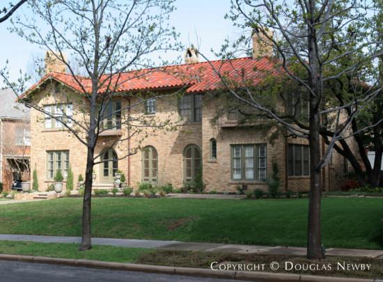 Home in Highland Park - 3504 Princeton Avenue