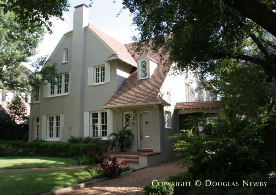 Residence in Highland Park - 3505 Princeton Avenue