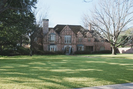 House Designed by Architect Thompson & Perry - 4217 Armstrong Parkway