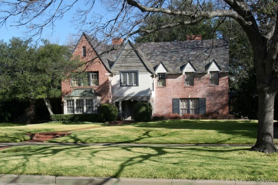 Real Estate Designed by Architect DeWitt & Lemmon - 4216 Armstrong Parkway