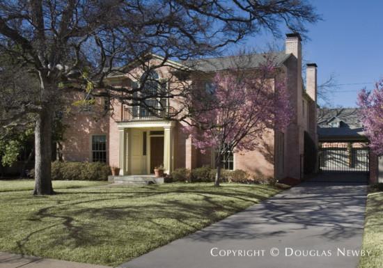 Real Estate Designed by Architect Harwood K. Smith - 4324 Arcady Avenue