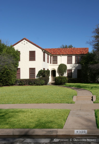 Home in Highland Park - 4320 Arcady Avenue
