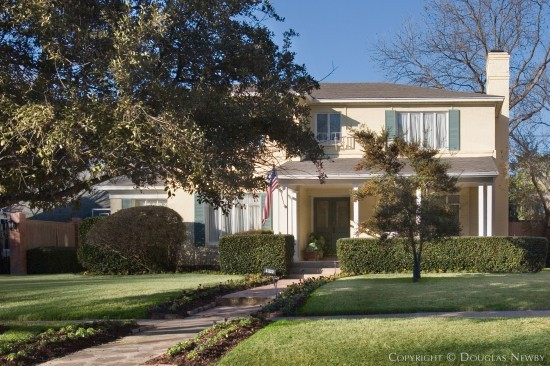 Residence in Highland Park - 4332 Beverly Drive
