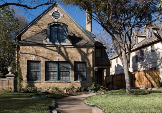 Residence in Highland Park - 4312 Livingston Avenue