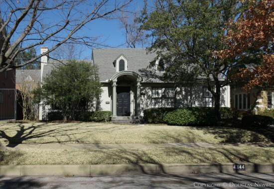 Home Designed by Architect Clyde H. Griesenbeck - 4344 Fairfax Avenue