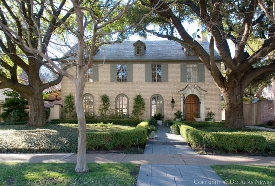 Home Designed by Architect Fooshee & Cheek - 4225 Versailles Avenue