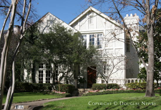 Home Designed by Architect Charles A. Barnett - 4436 Beverly Drive