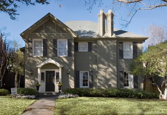 Home in Highland Park - 4416 Fairfax Avenue