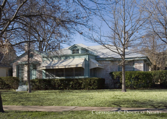 Residence in Highland Park - 4400 Southern Avenue
