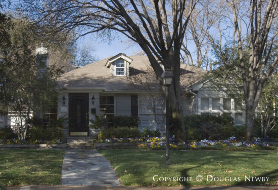 Home in Highland Park - 4408 Southern Avenue
