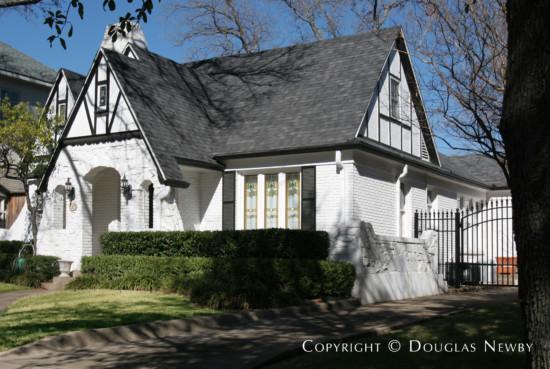 House Designed by Architect John Carsey - 4504 Livingston Avenue