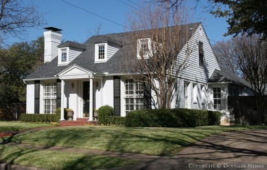 Home Designed by Architect Clyde H. Griesenbeck - 4564 Lorraine Avenue