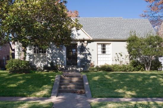 Home in Highland Park - 4552 Lorraine Avenue