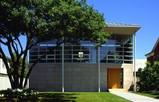 Modern Residence Designed by Architect Morrison-Seifert-Murphy - 4428 North Versailles Avenue