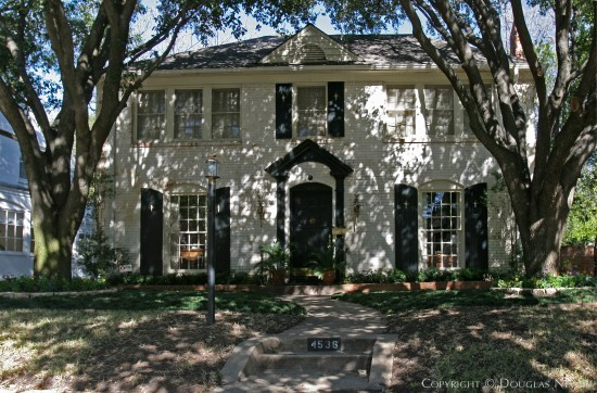 Home Designed by Architect Fonzie E. Robertson - 4536 North Versailles Avenue