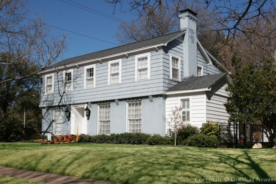 Real Estate in Highland Park - 4552 South Versailles Avenue