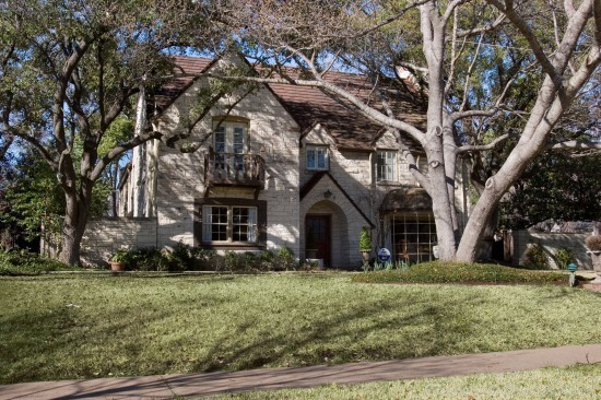 Residence Designed by Architect Hal O. Yoakum - 4400 Belclaire Avenue