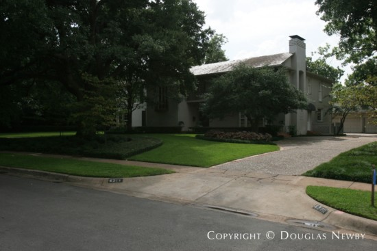 Residence Designed by Architect Robert Johnson Perry - 4311 Rheims Place