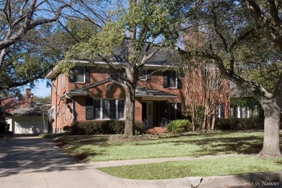 Real Estate Designed by Architect Avery-Shanklin - 4420 Bordeaux Avenue