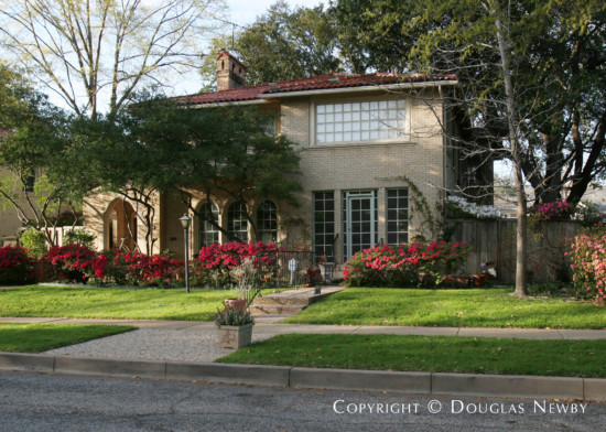 Residence Designed by Architect Linskie & Witchell - 4532 Fairway Avenue