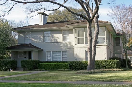 Real Estate in Highland Park - 4554 Westway Avenue