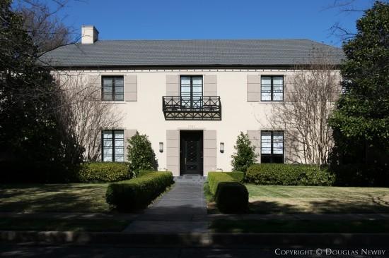 Residence in Highland Park - 3720 Potomac Avenue